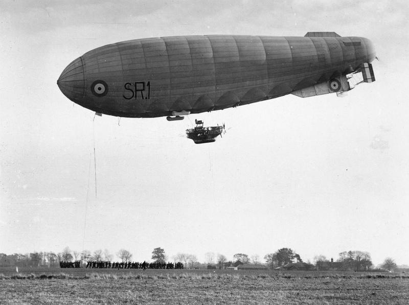 Airships and observation balloons of britain, france and america 1914 - 1918 collection